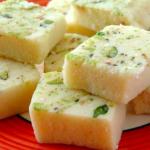Coconut barfi recipe | nariyal barfi